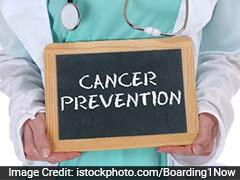 महिलाओं में आखिर तक नहीं दिखते हैं खतरनाक ओवेरियन कैंसर के लक्षण