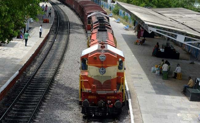 $2.5 Billion Rail Deal Still On, Clarifies Railways Minister After GE Warning