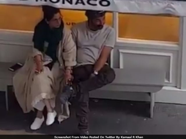 Viral: Dimple Kapadia, Sunny Deol In London. Twitter Revisits Rumoured Romance