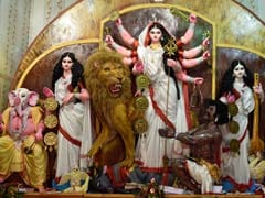 Durga Ashtami 2017: Ashtami Date, Puja Time, Prasad and Significance of Ashtami in Navratri