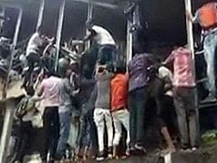 मुंबई के एलफिंस्टन रेलवे स्टेशन की भगदड़ देख याद आया इलाहाबाद हादसा, ऐसा था मंजर