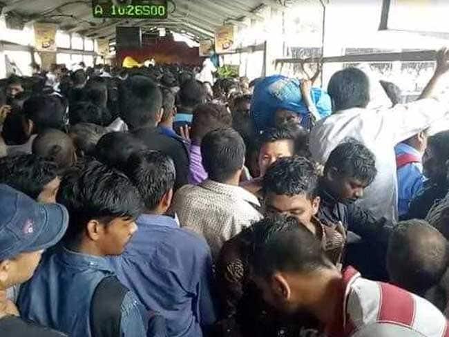elphinstone station mumbai stampede afp