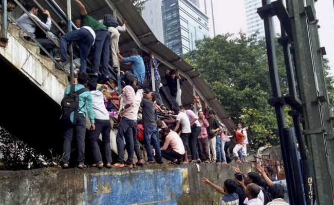 Elphinstone Railway Station Stampede: Rains, Loud Thud And Thousands On 6-8-Feet Overbridge, Says Witnesses