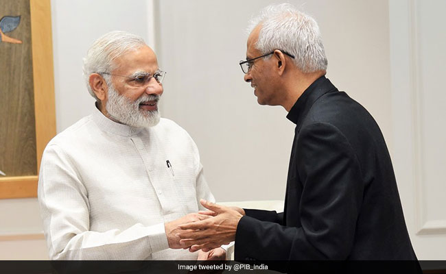 Father Tom Uzhunnalil, who was rescued from ISIS captivity, meets PM Modi