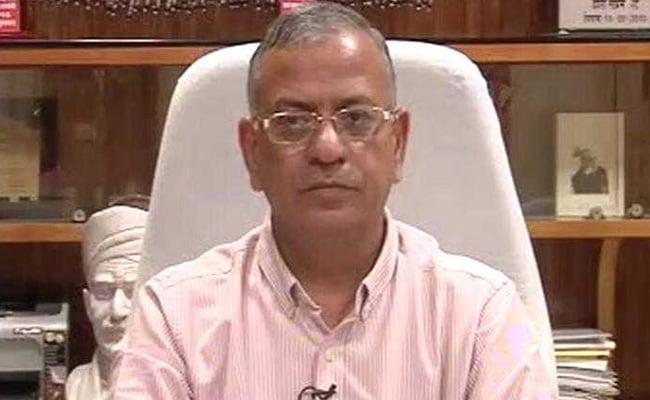 बीएचयू के कुलपति अनिश्चिकालीन छुट्टी पर गए, निजी कारणों का दिया हवाला
