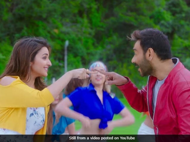 Golmaal Again Song Maine Tujhko Dekha Is Ajay Devgn's Old Song Redone