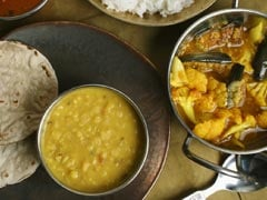 Japanese PM Shinzo Abe Tastes Gujarati Food in India: 5 Special Dishes That Make a Gujarati Thali Unique