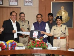 Hero MotoCorp Presents 80 Hero Duet Scooters To Women Police Officers