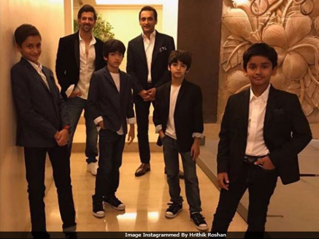 Hrithik Roshan Posts A 'Perfect Pic' With Sons But They Aren't 'Amused'