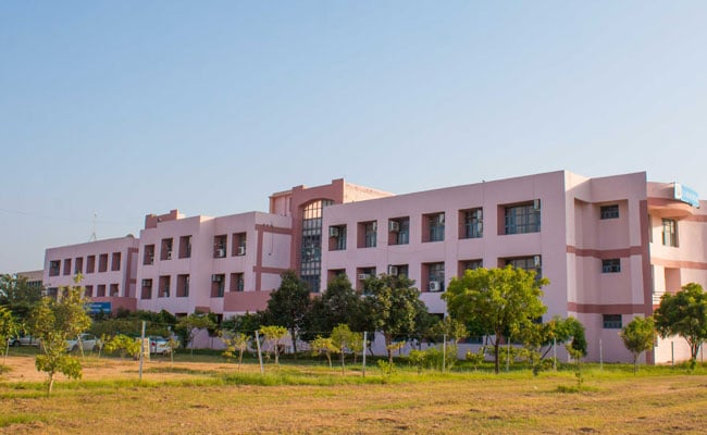 IIM Rohtak Launches Post Graduate Programme For Executives; Registration Till March 1