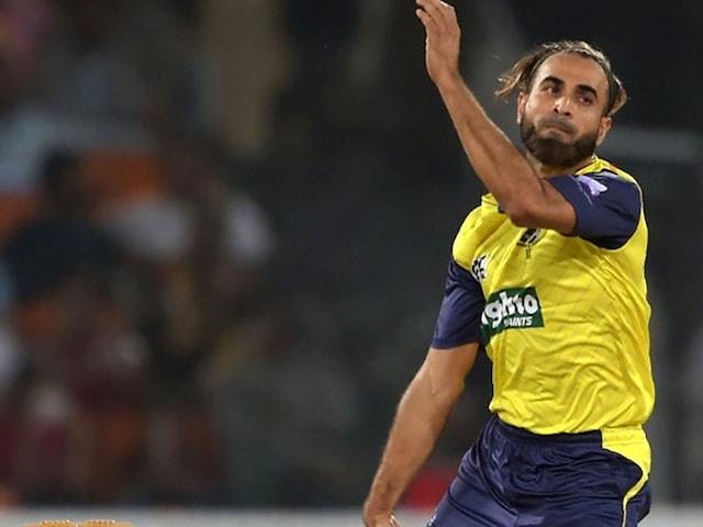 Watch: Imran Tahir Gives Bowling Lessons To Pakistan Spinner Shadab Khan
