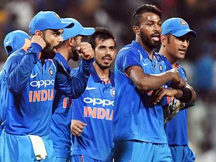 New Zealand Cricket Coach Wary of 'Phenomenal' India