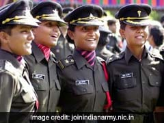 For First Time, Army Calls Women Applicants For Military Police