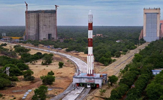 'Don't Lose Heart': Top Space Scientists Tell ISRO After Satellite Launch Fails