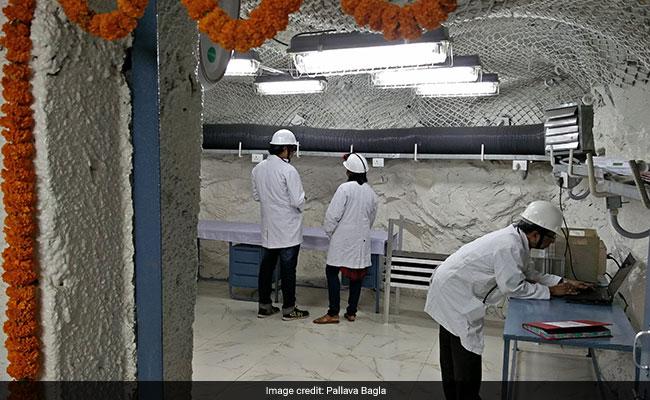 जमीन के अंदर आधा किलोमीटर नीचे लैब में 'डार्क मैटर' की खोज में जुटे भारतीय वैज्ञानिक