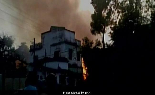 झारखंड में बड़ा हादसा, पटाखे की फैक्ट्री में आग से 8 लोगों की मौत