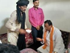 Chhattisgarh Home Minister Seeks <i>'Kambal Baba's'</i> Help To Cure Diabetes