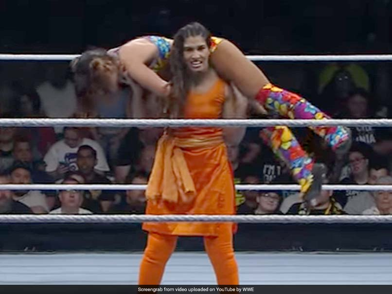 Kavita Devi Fights In WWE Event Wearing Salwar-Kameez, Twitter Goes Bananas