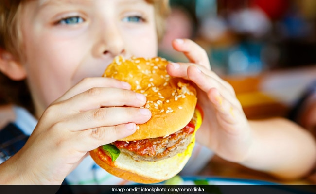 Kids Living Close to Fast Food Restaurants More Likely to be Overweight: Study