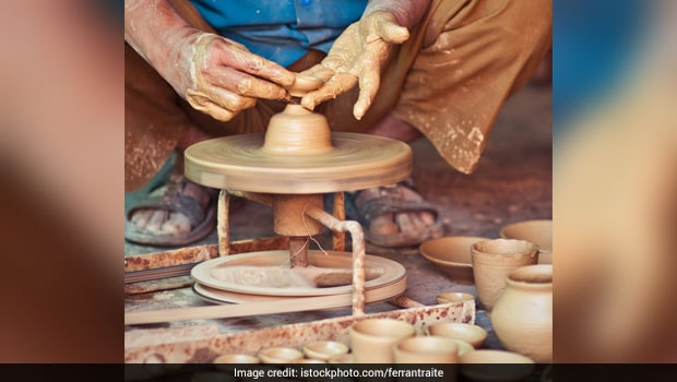Kulhad: The Traditional Clay Cups from Ancient India and its Benefits
