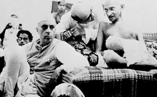 Gandhi Jayanti 2017: बापू को इसलिए जानते हैं दुनियाभर के लोग, आज भी कम नहीं हुई महानता