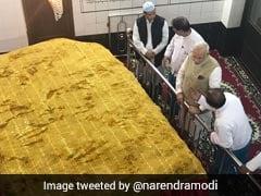 PM Modi Visits Mughal Ruler Bahadur Shah Zafar's Grave In Myanmar