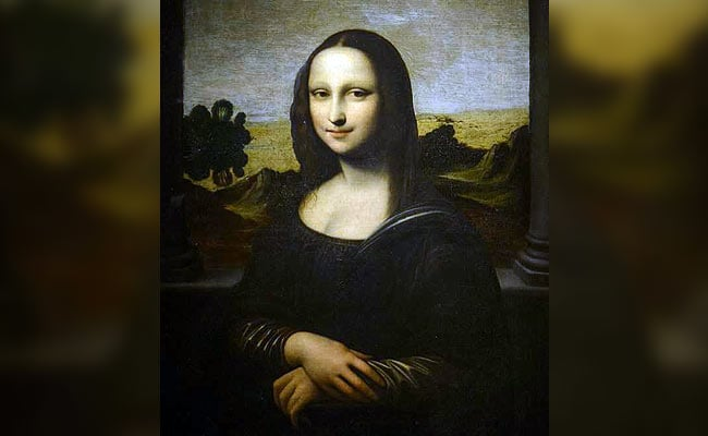 Naked 'Mona Lisa' posed for Da Vinci? Early Hefner …