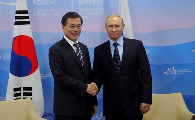 [Image: moon-jae-in-and-vladimir-putin_650x400_41504684804.jpg]