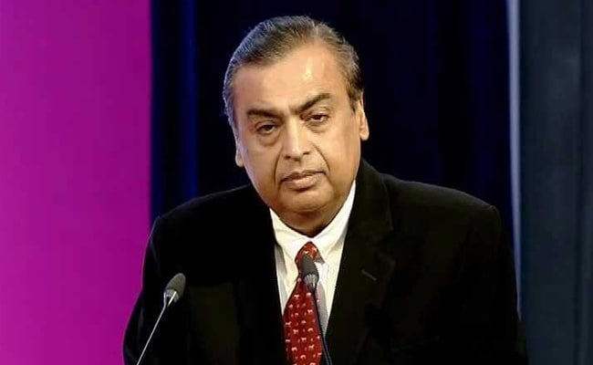 With Rs 2.5 lakh crore, Mukesh Ambani Is Still India's Richest Person On Forbes List