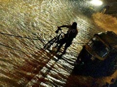 Heavy Rain In Mumbai Stops Traffic, Thunderstorms Will Rage Today
