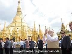 पीएम नरेंद्र मोदी ने म्यांमार में श्वेदागोन पगोडा के दर्शन किए