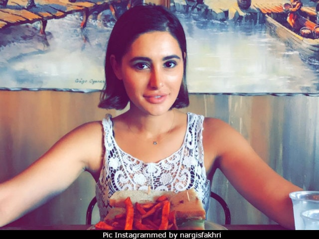 Chicken, Fries And Fried Rice: This Is What Nargis Fakhris Weekend Looked Like
