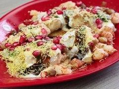 दिल्ली की लोकप्रिय मोठ कचौरी को घर पर किस तरह बनाएं यहां देखें रेसिपी