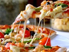 Think Pizzas are Great Party Foods? Your Weight May Decide How You Assess Food!