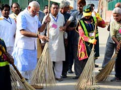PM Narendra Modi Writes To Celebrities Across Fields To Promote 'Clean India'
