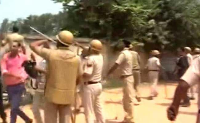 गुरुग्राम के स्कूल में कक्षा-2 के बच्चे की शुक्रवार को हत्या के बाद विरोध प्रदर्शन हिंसक हुआ