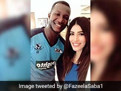 Pakistani Anchor Posts Picture With Darren Sammy, Twitter Goes Bonkers