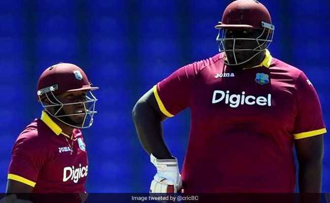 VIDEO : 143 किलो के इस भारी-भरकम क्रिकेटर ने जड़े 6 छक्के, फिर हो गया रिटायर्ड हर्ट!