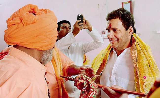 कांग्रेस ने बताई राहुल गांधी के मंदिरों में दर्शन की वजह, लेकिन क्या असली वजह एंटनी समिति की रिपोर्ट है