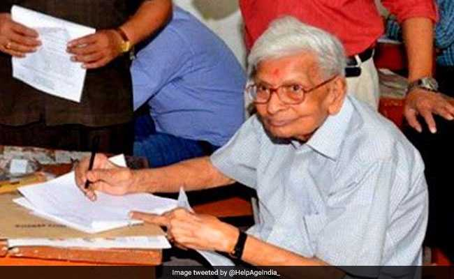 98-Year-Old Man Clears Masters Exam In Economics In Bihar