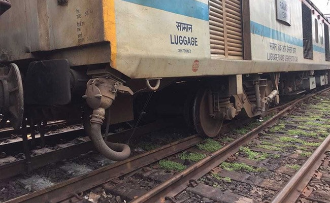 rajdhani express derailment