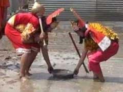 रामलीला में मुस्लिम युवती ने निभाया सीता का किरदार