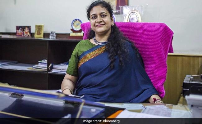 A Woman IAS Officer's Battle Against Power Thieves In Uttar Pradesh