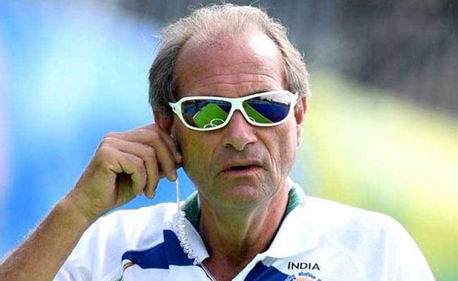 भारतीय हॉकी टीम के कोच पद से हटाए गए रोलंट ऑल्टनमैन्स, ख़राब प्रदर्शन की वजह से हटाने का फैसला