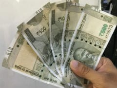 Rupee Falls By 25 paise Against US Dollar, Trades Near 65-Mark
