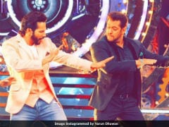 <i>Bigg Boss 11</i>: Varun Dhawan And Salman Khan In First Pic From The Grand Premiere
