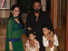 Eid <I>Mubarak</I>: Sanjay Dutt And Maanyata Celebrate With Team <I>Bhoomi</i>