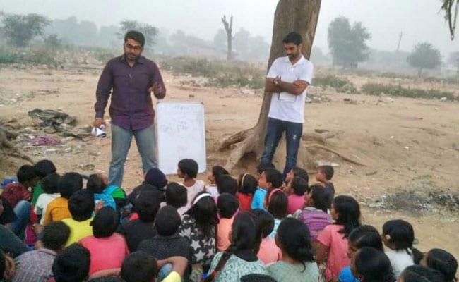 Teaching Under A Tree, How An NGO Made Primary Education Available To Underprivileged Children In Gurugram