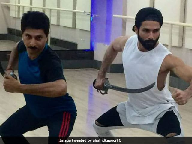 Shahid Kapoor Trains Rigorously In Sword-Fighting For Padmavati. See Pics