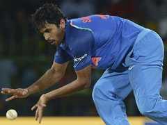 शार्दुल ठाकुर ने पहनी 10 नंबर की जर्सी तो भड़के क्रिकेट फैंस, कहा- अगली बार इसे न पहनना